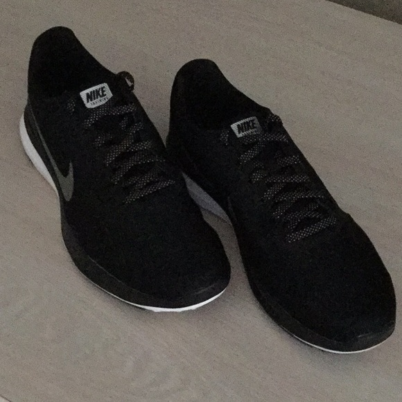 f128cc64e5 Nike Shoes | Training In Season Tr7 Size 9 | Poshmark